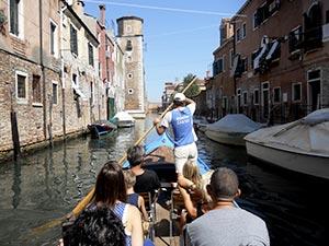 Tour en barque traditionnelle à Venise